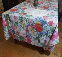 Tea Rose Tablecloth 52x68