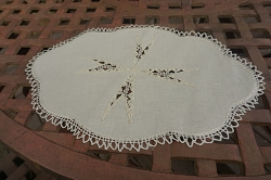 6 Ivory Linen Luncheon Placemats