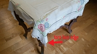 Vintage Floral corners small tablecloth
