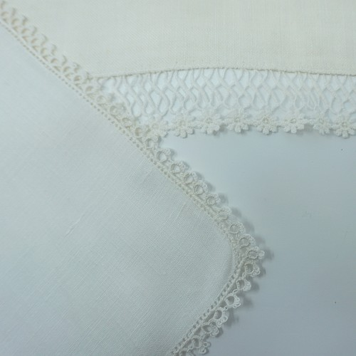 1960s Linen and Lace Placemats with Napkins