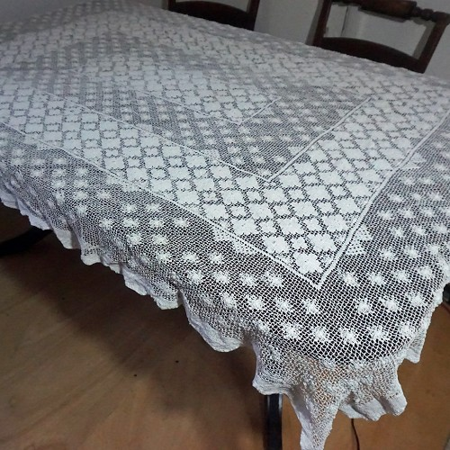 1920s Crochet Lace Tablecloth