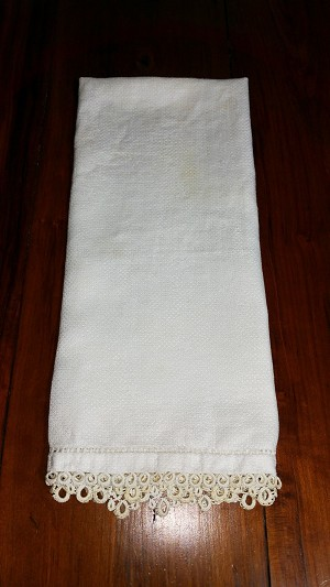 Dish Towel with Antique White Lace