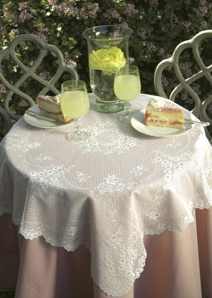 Floret Table Topper